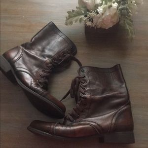 STEVE MADDEN TROOPA BOOTS SIZE 9 WORN TWICE